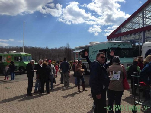 Escape-to-Spring-Food-Trucks