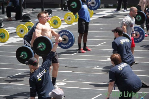 2014-CrossFit-Games-Northeast-Regional-Day2-Team-Event6-2