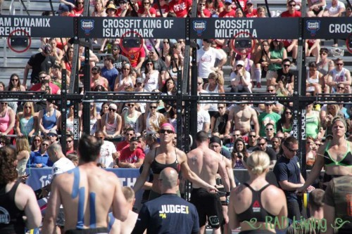 2014-CrossFit-Games-Northeast-Regional-Day3-Team-Event7-1