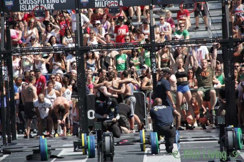 2014-CrossFit-Games-Northeast-Regional-Day3-Team-Event7-4